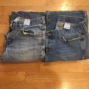2 pairs of Lucky brand jeans size 28 Bundle